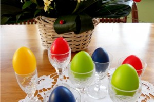 Suporturi pentru ouale rosii