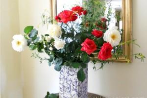 Va e greu sa scapati de buruienile din gradina? Folositi-le in buchetele de flori!