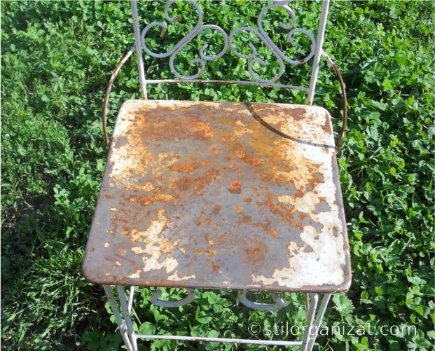 scaun metalic