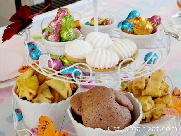 etajera cu dulciuri