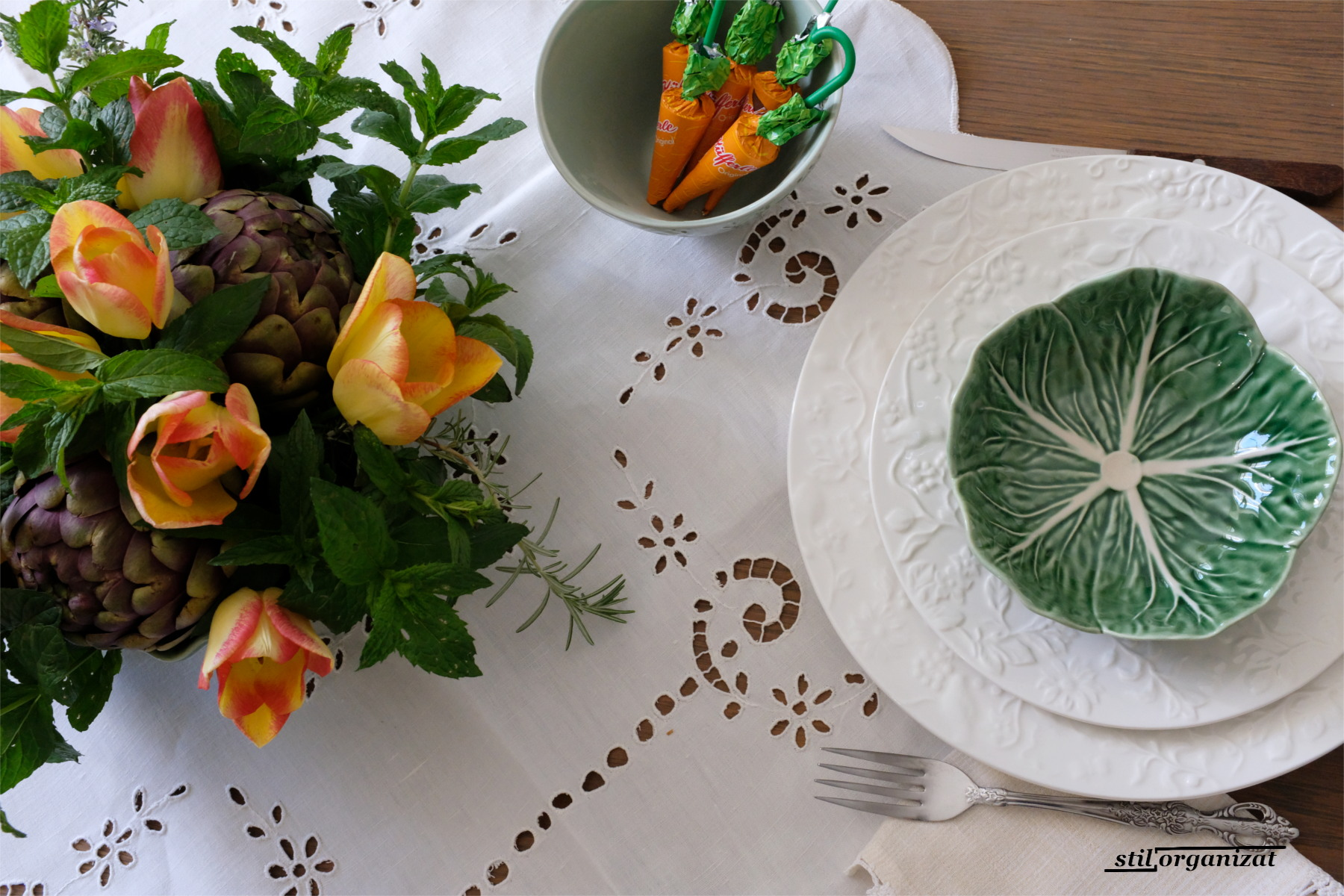 masa cu vesela Bordallo