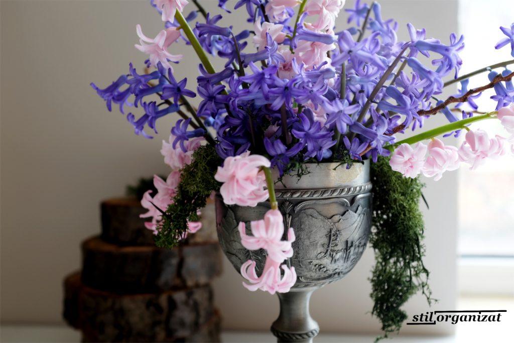 buchet cu zambile mov si roz