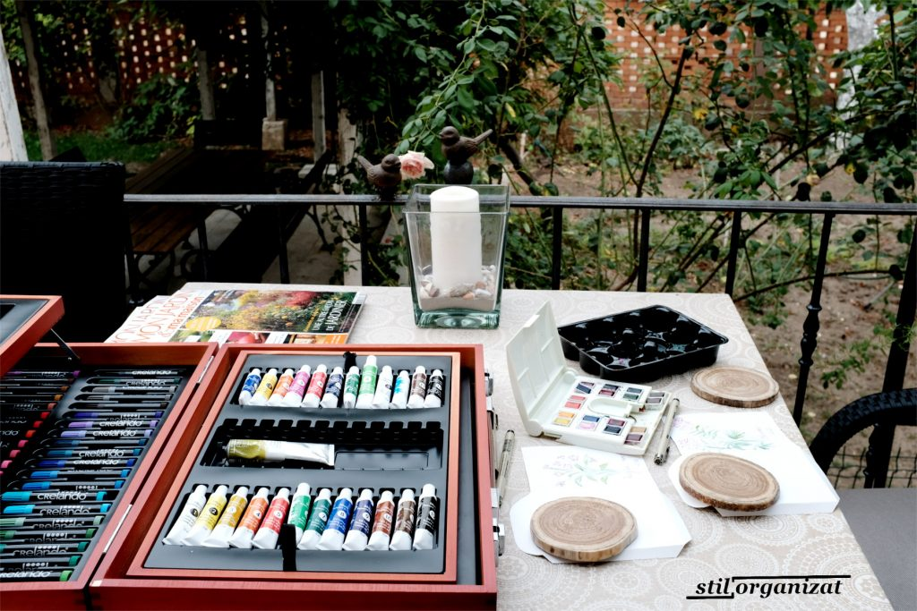 pictat pe balcon