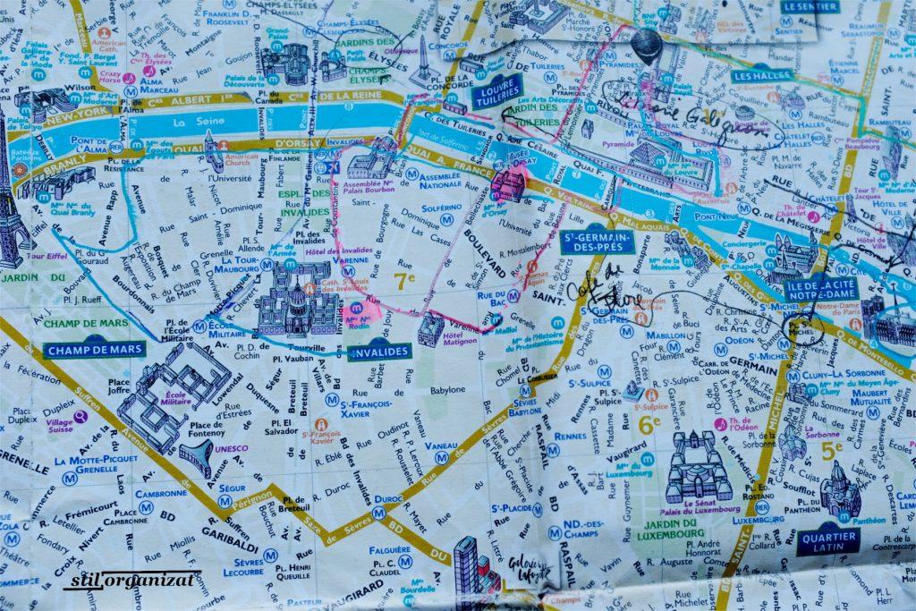 Harta Paris - amintiri din vacante