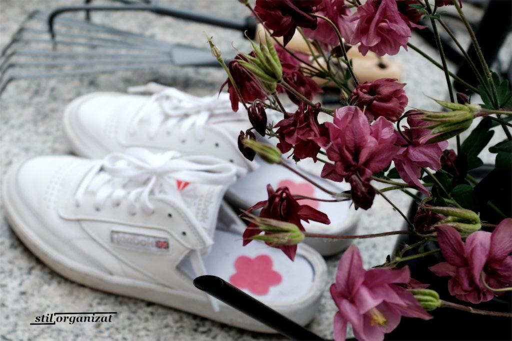 papuci de gradina din sneakers